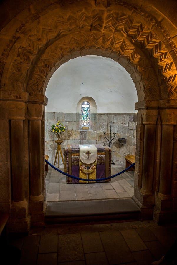 Inside St Margaret ` s kaplica wśrodku Edynburg kasztelu zdjęcia royalty free