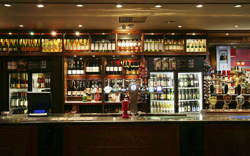 Download Inside View Of A English Pub Editorial Image - Image: 23668700