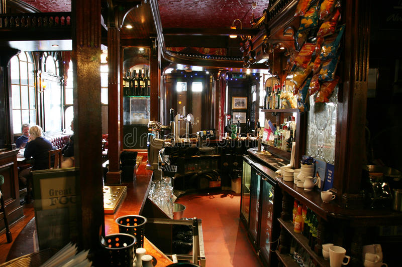 Download Inside View Of A English Pub Editorial Image - Image: 23668860
