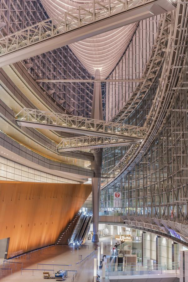 Inside view of Tokyo International Forum built in 1996 by Uruguayan architect Rafael Viñoly near Yurakucho station. It consists. Of 14 floors including 3 in stock photos