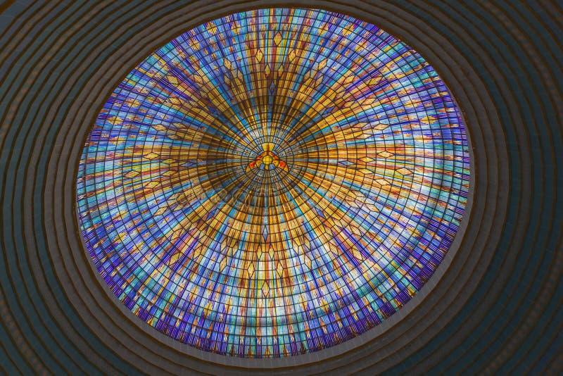 Inside widok wierzchołek główna kopuła bazylika Nasz dama pokój obrazy royalty free