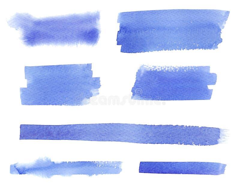 Insieme blu bagnato del colpo della spazzola piana dell'acquerello isolato su fondo bianco royalty illustrazione gratis