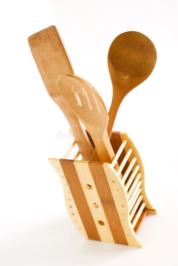 Insieme degli utensili della cucina fatti di bambù fotografia stock libera da diritti