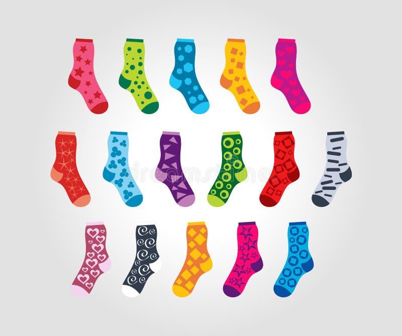 Insieme dei calzini con differenti motivi dei modelli illustrazione di stock