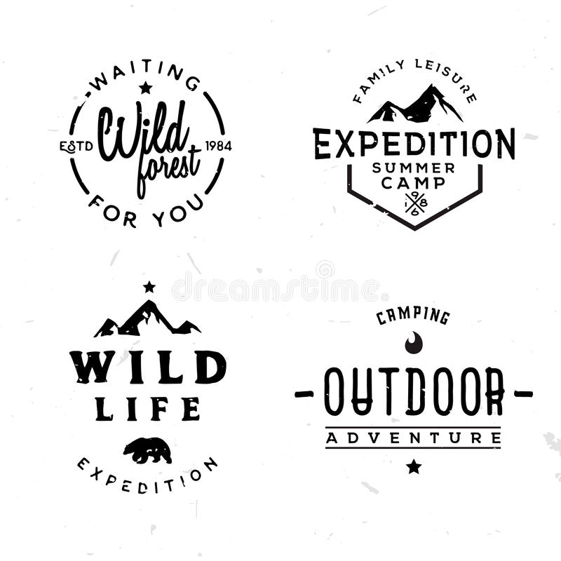 Insieme dei logotypes all'aperto nello stile d'annata illustrazione di stock