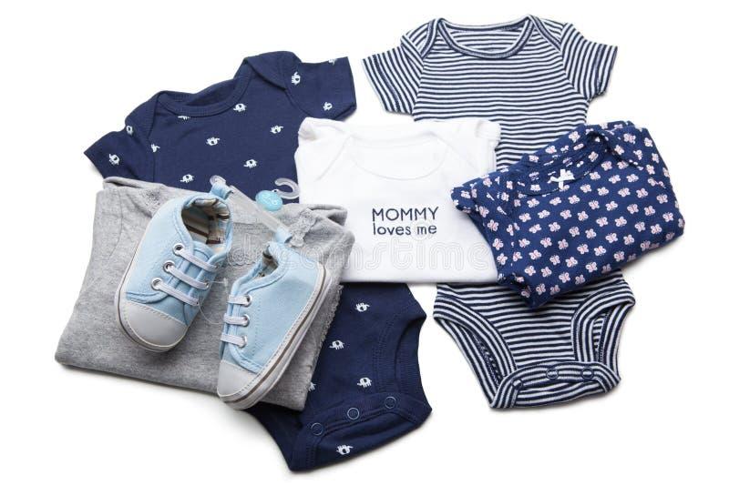 Insieme dei vestiti del bambino immagine stock libera da diritti