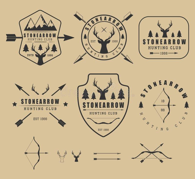 Insieme del logos d'annata, delle etichette, dei distintivi e degli elementi di caccia royalty illustrazione gratis