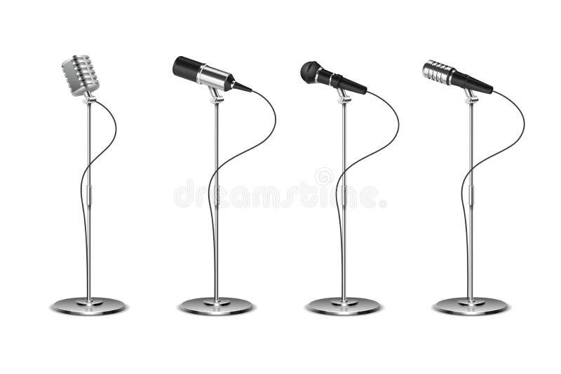 Insieme del microfono Audio attrezzatura stante dei microfoni Raccolta isolata vettore di mics di musica di karaoke e di concetto illustrazione di stock