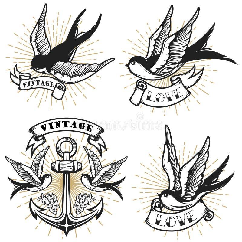 Insieme del tatuaggio d'annata con gli uccelli del sorso, ancora di stile isolata su fondo bianco royalty illustrazione gratis