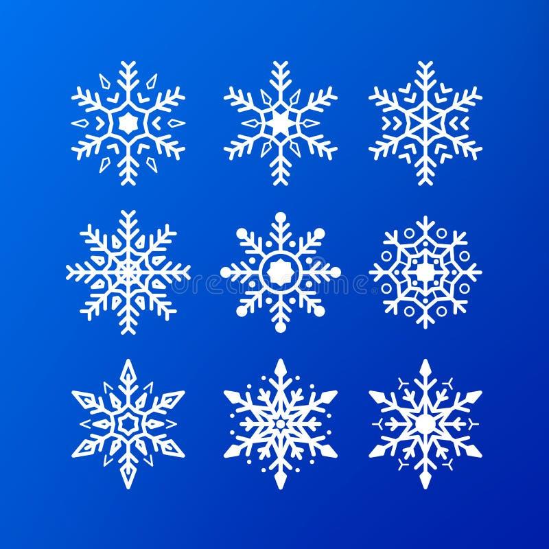 Insieme dell'icona del fiocco di neve fiocchi di neve bianchi di colore isolati su fondo blu Elemento di cristallo della decorazi royalty illustrazione gratis