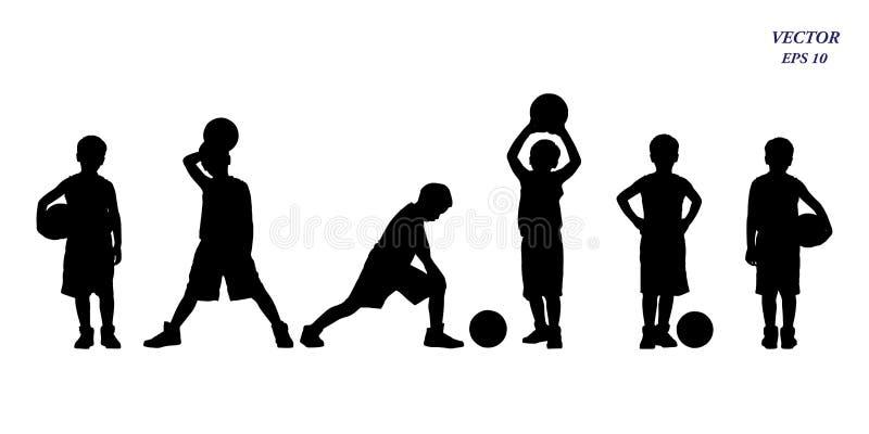 Insieme della siluetta dei giocatori di pallacanestro dei bambini Isolato su bianco illustrazione vettoriale