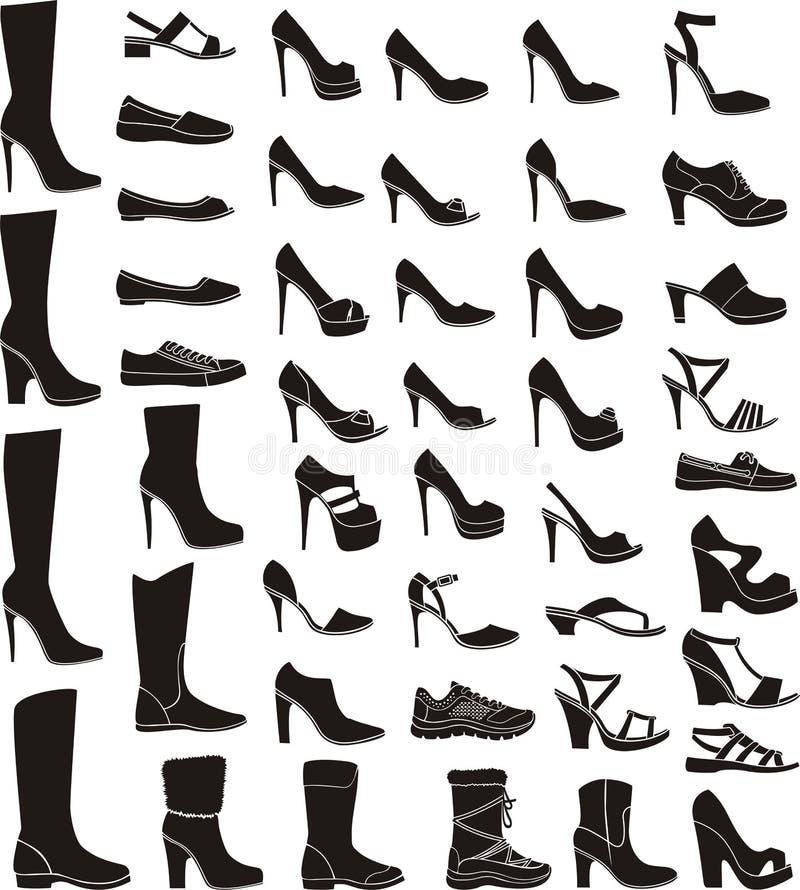 Insieme delle scarpe di una donna royalty illustrazione gratis