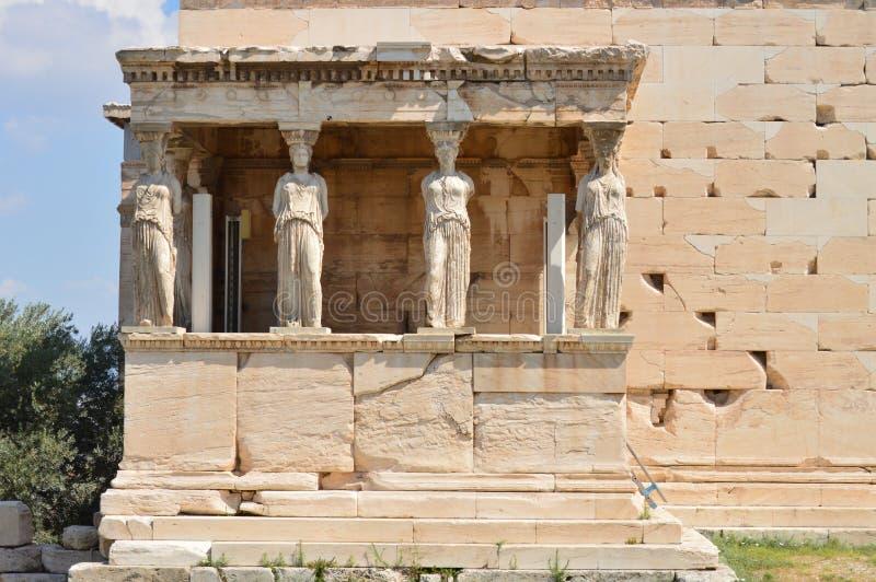 Insieme di belle Sfingi sulla facciata del Erechtheion conosciuto come le cariatidi nel Acroplis di Atene Storia, architettura immagini stock libere da diritti