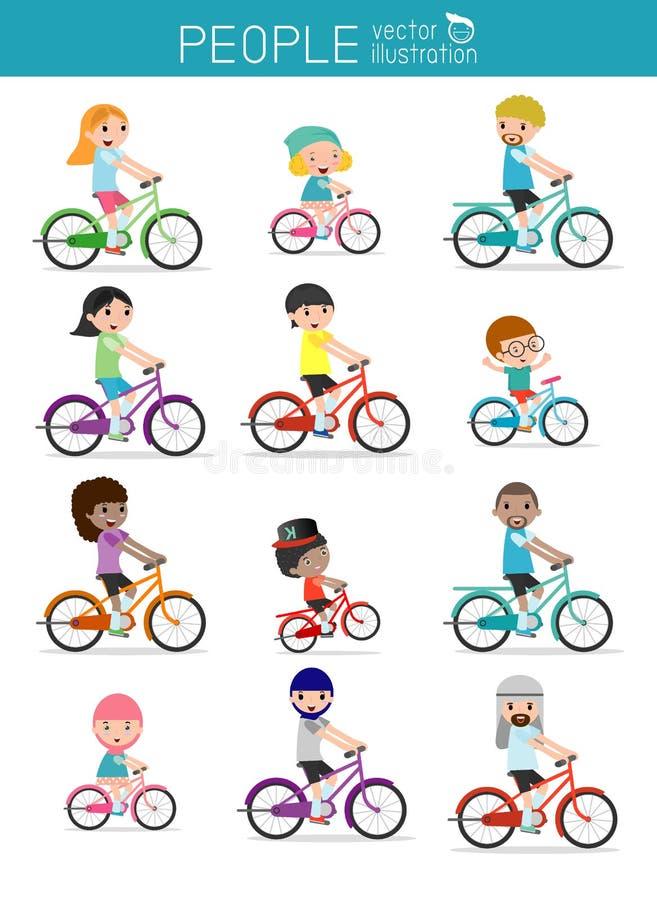 Insieme di diverse bici di guida della famiglia isolate su fondo bianco Nazionalità e stili differenti del vestito Bi felice di g illustrazione di stock