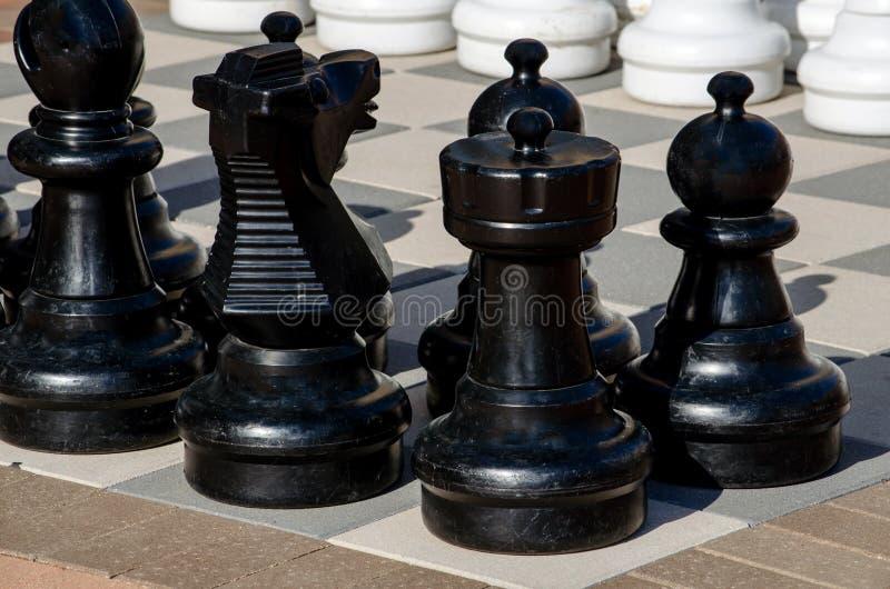 Insieme di scacchi esterno fotografia stock