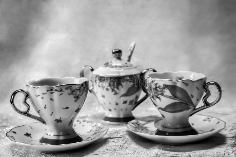Insieme di tè in bianco e nero fotografie stock libere da diritti