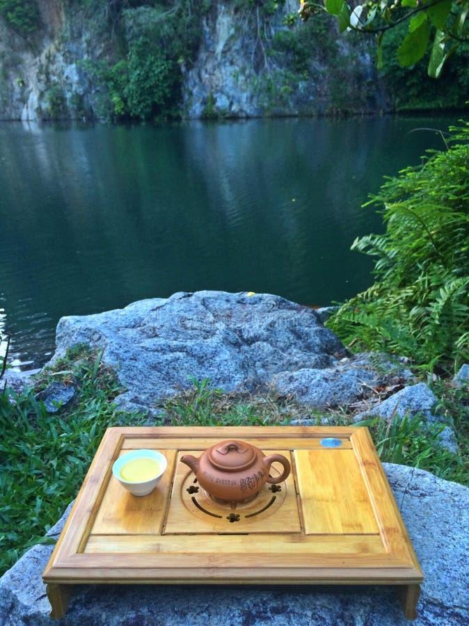 Insieme di tè cinese - parco naturale fotografia stock libera da diritti
