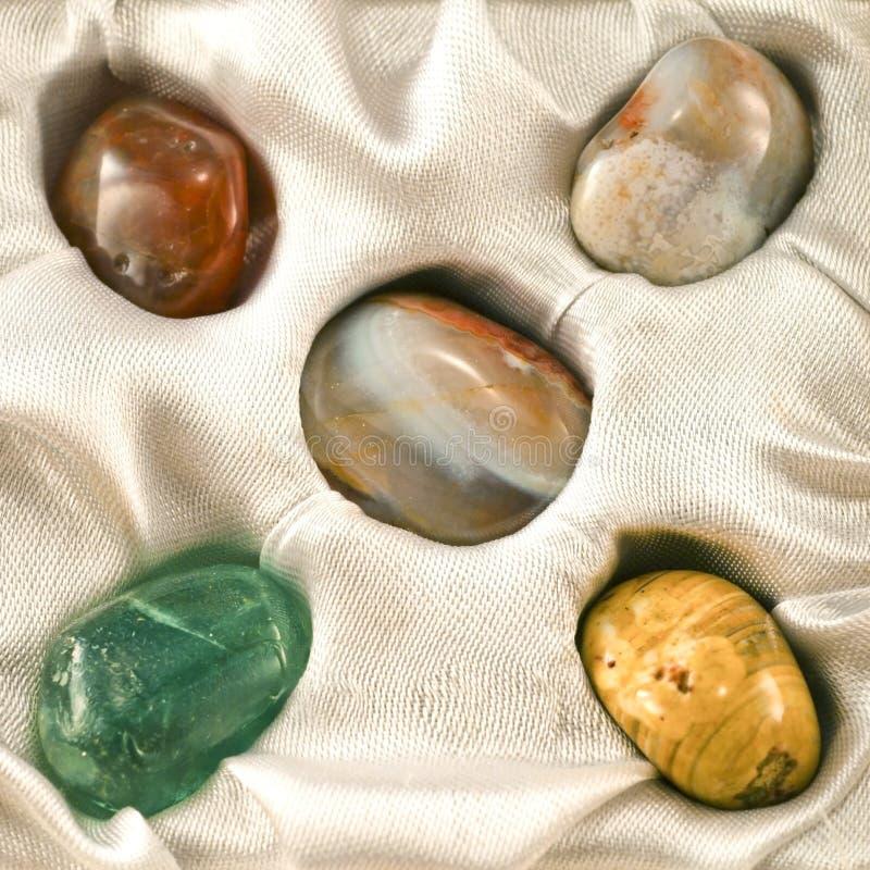 Insieme di varie pietre preziose fotografia stock