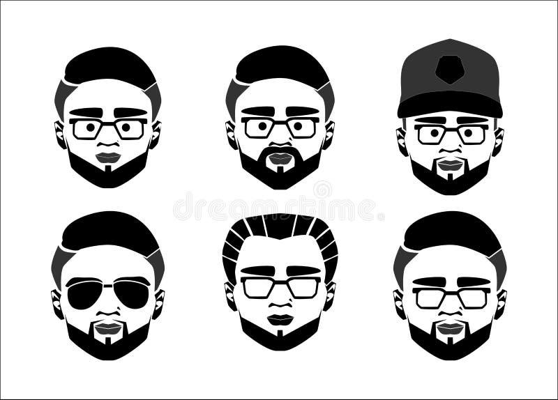 Insieme di vettore di logo del programmatore, di webmaster, del geek o del nerd Ragazzo astuto del fronte del fumetto con i vetri royalty illustrazione gratis
