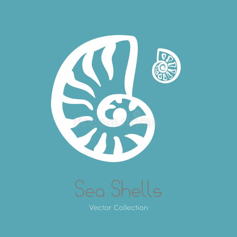 Insieme fossile di logo della conchiglia di nautilus dell'ammonite Isolato delle conchiglie, logo fossile dell'ammonite antica, c royalty illustrazione gratis