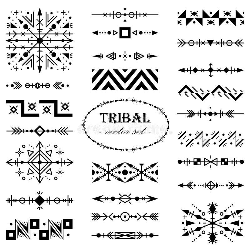 Insieme monocromatico di vettore degli elementi di progettazione nello stile tribale illustrazione vettoriale