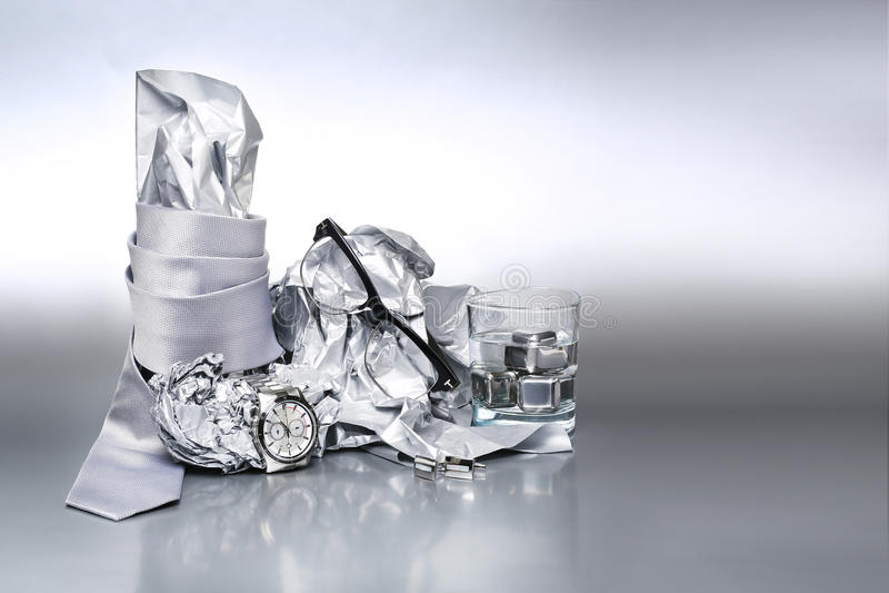 Insieme sexy ed alla moda, accessori d'argento per l'attrezzatura dell'uomo della b fotografie stock