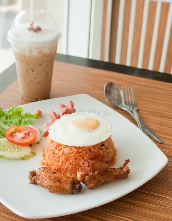 Insieme stile americano della prima colazione, riso fritto fotografie stock libere da diritti