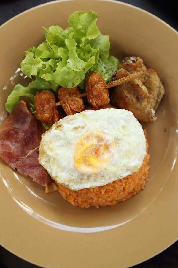 Insieme stile americano della prima colazione, riso fritto immagini stock