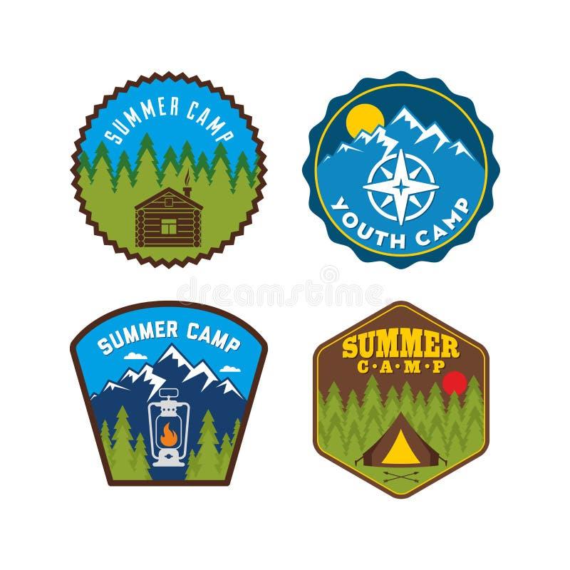 Insigne de colonie de vacances Ensemble de logo de camp illustration de vecteur