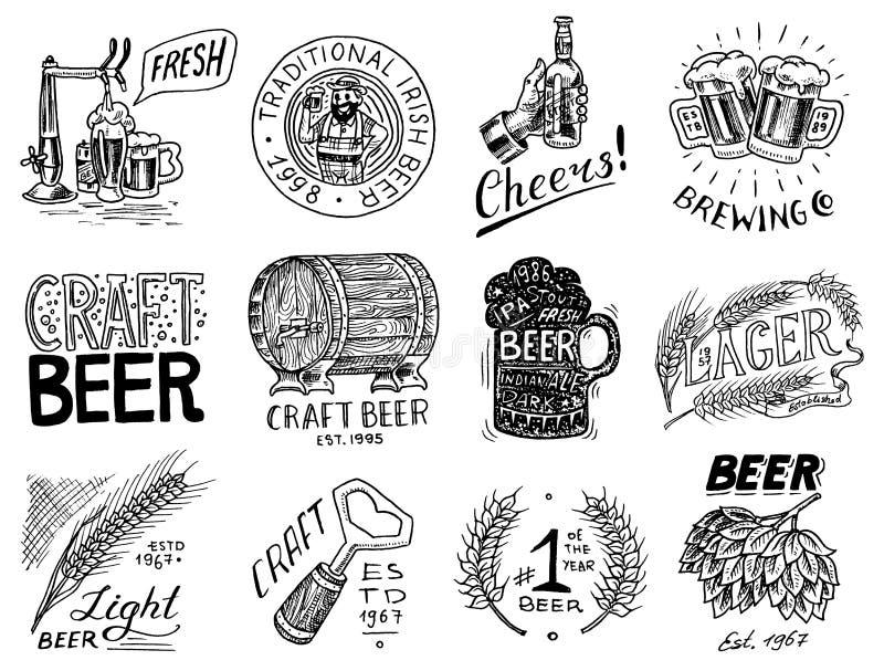 Insignia de la cerveza del vintage Fije de etiqueta alcohólica con los elementos caligráficos Marco americano clásico para la ban stock de ilustración