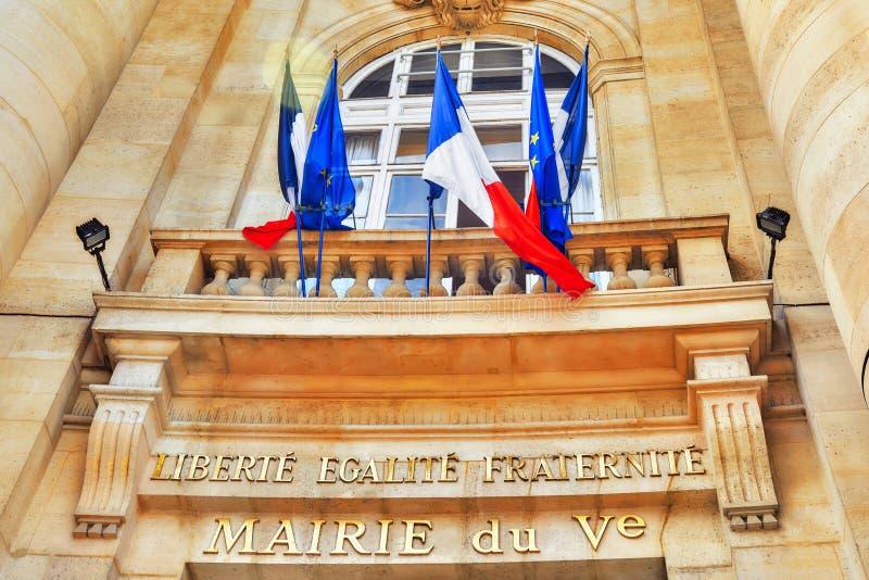 Inskriften, motto av den franska revolutionen och medborgaren royaltyfria foton