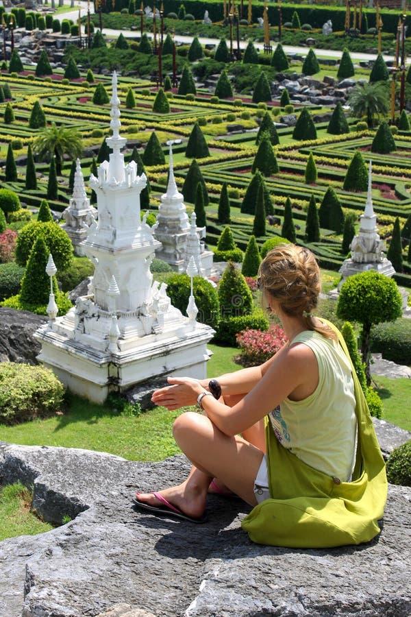 Inspiração das mulheres e momento da meditação foto de stock royalty free