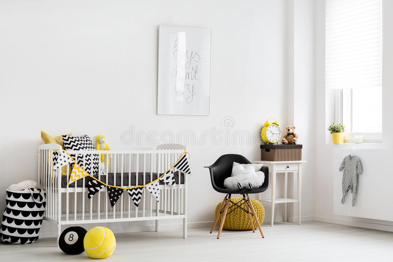 Inspiração escandinava para uma sala do bebê foto de stock