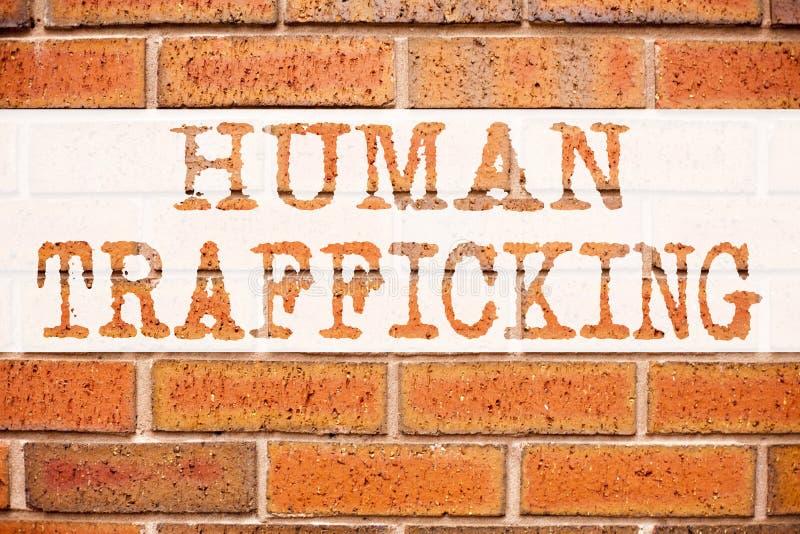 Inspiración conceptual del subtítulo del texto del aviso que muestra el tráfico humano Concepto del negocio para la prevención de fotografía de archivo