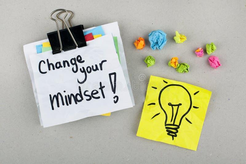 Inspiracyjna Motywacyjna Biznesowa zwrot notatki zmiana Twój Mindset obrazy stock