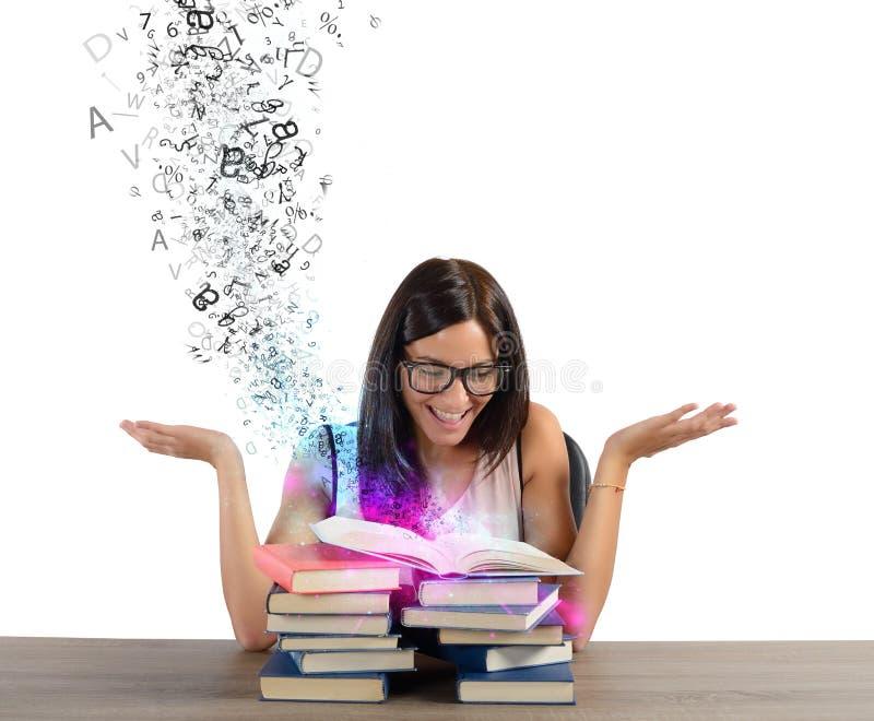 Inspiration von den Büchern lizenzfreie stockfotografie