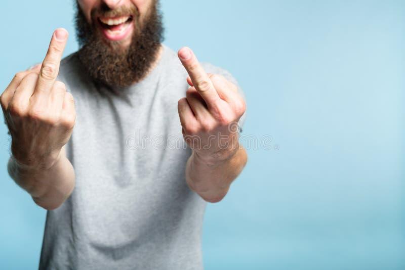 Inställning för offensiv för manlångfingertrots fotografering för bildbyråer