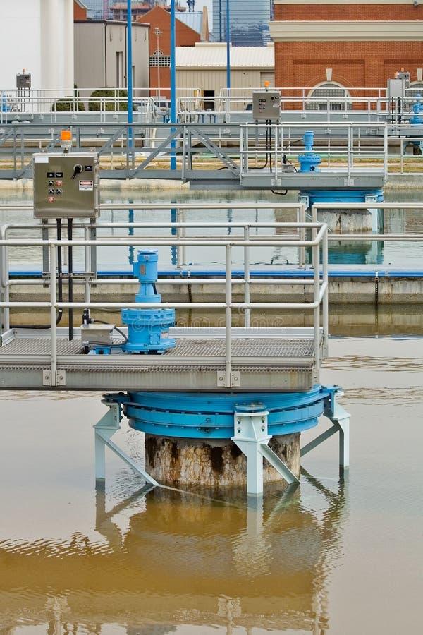 Instalación de tratamiento del agua potable imagen de archivo libre de regalías
