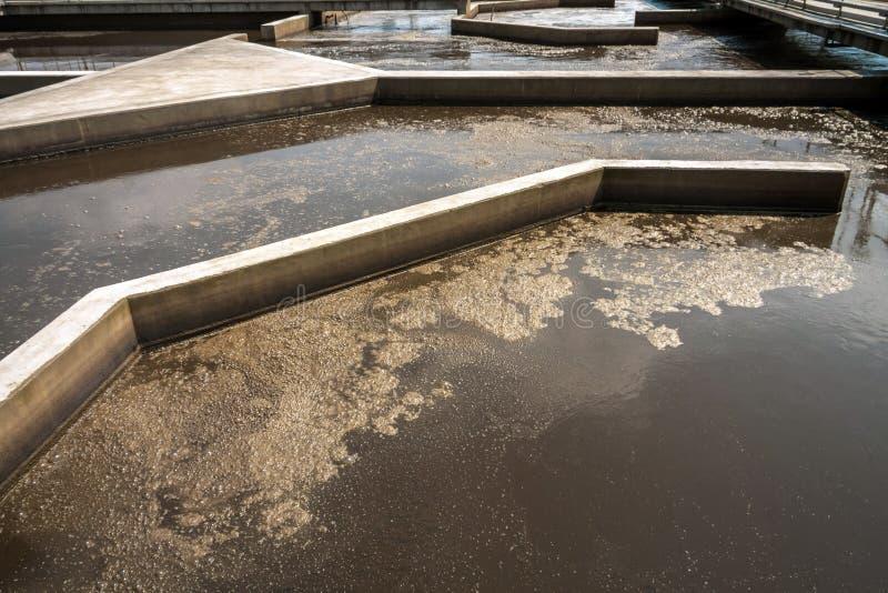Download Installation De Nettoyage De L'eau Image stock - Image du industrie, modifié: 45353059