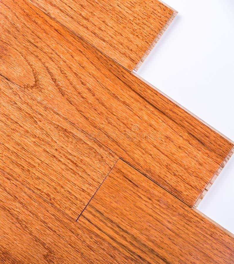 Installation de plancher en bois dur image stock