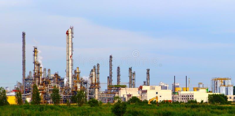 Installation de transformation de pétrole et de gaz photographie stock libre de droits