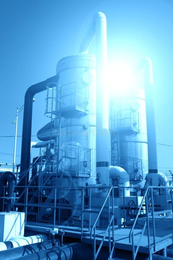 Installation de transformation de pétrole et de gaz images stock