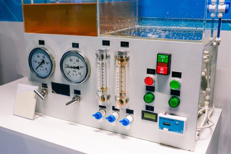 Installation der Mikrofiltration f?r Wasseraufbereitung Mikrofiltrationsabwasser Filtration und Reinigung des Wassers lizenzfreie stockbilder