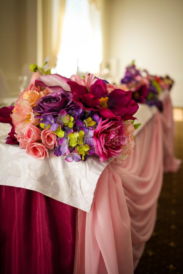 Installation impressionnante et belle de mariage Foyer sélectif toned photo libre de droits