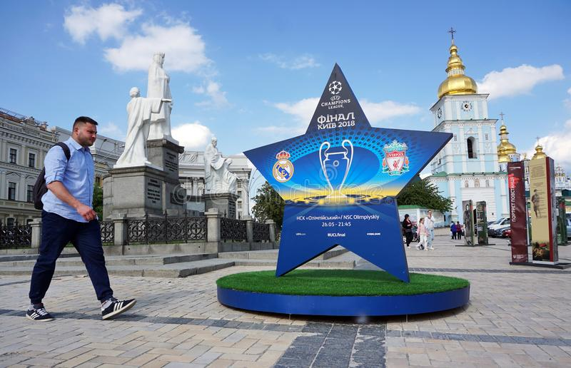 Installazione con il logo del finale della lega di campioni di UEFA immagine stock libera da diritti
