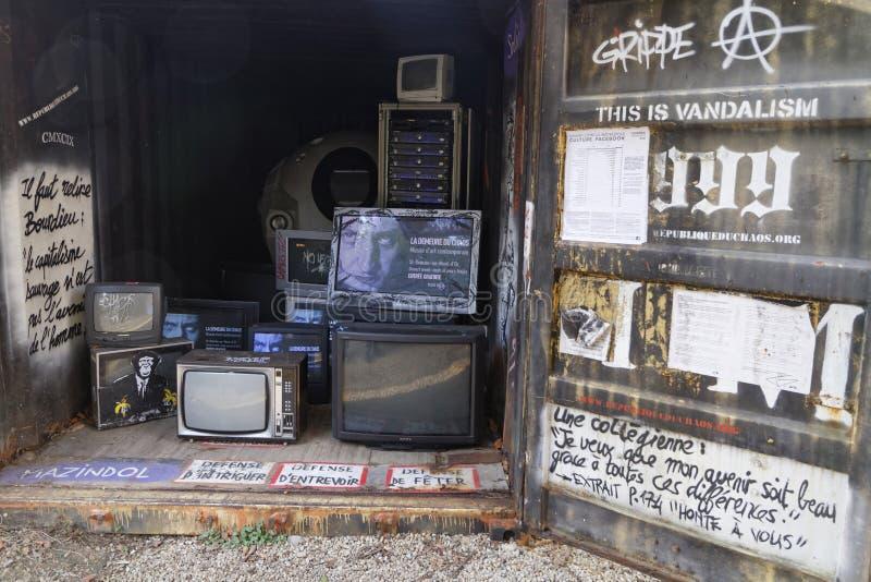 Installazione della TV fotografia stock libera da diritti