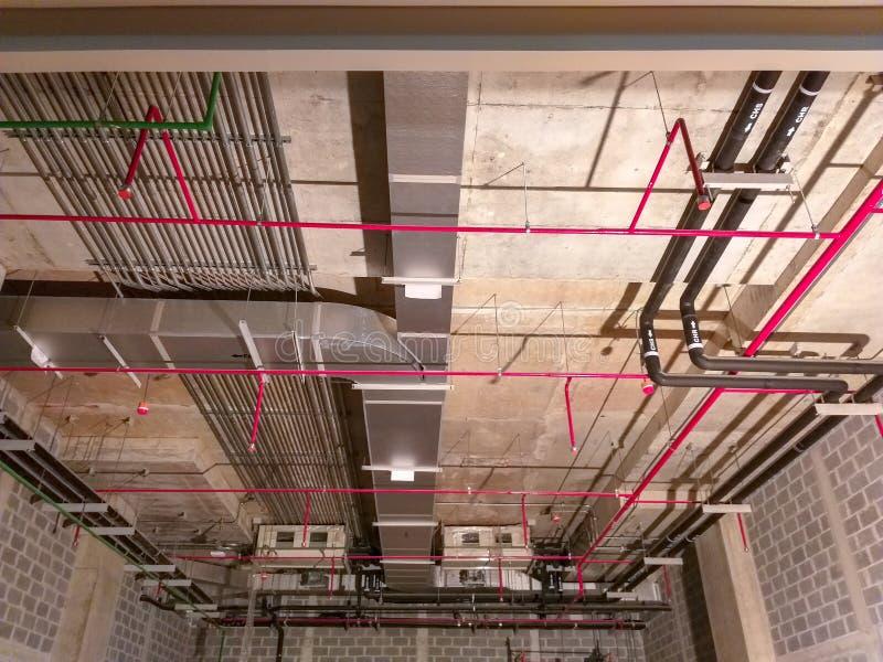Instaluje airelectrical system, kropidło system, instalacja elektryczna zdjęcia stock
