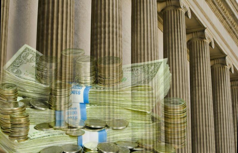 Institución financiera con el dinero en circulación de los E.E.U.U. fotografía de archivo