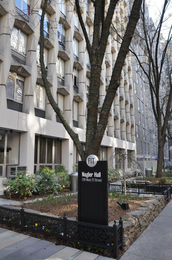 Instituto de Tecnologia da forma em New York City imagem de stock royalty free