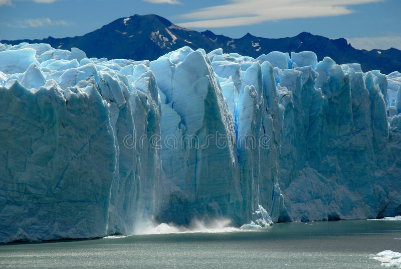 Instorting op Perito Moreno Glacier. stock foto